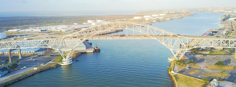 Panorama- corpus Christi Harbor Bridge för flyg- sikt i portnollan arkivbilder