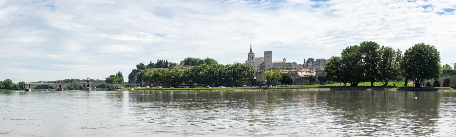Panorama d'Avignon images stock