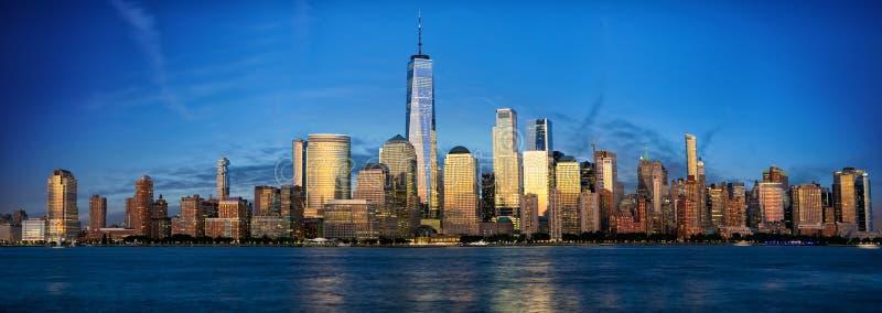 Panorama d'horizon de Manhattan photographie stock
