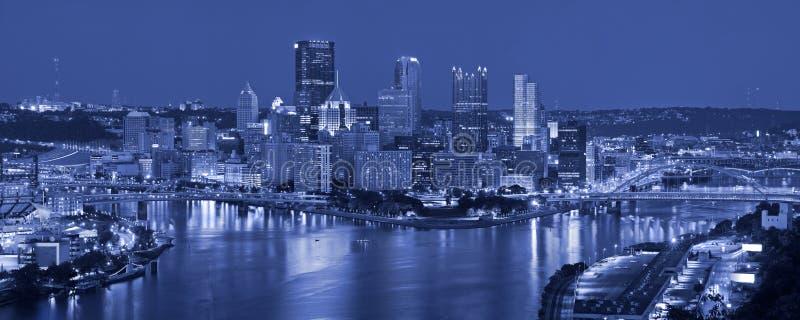 Panorama d'horizon de Pittsburgh. images libres de droits