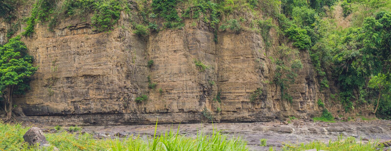 Panorama d'une falaise raide, Vetenam photos libres de droits