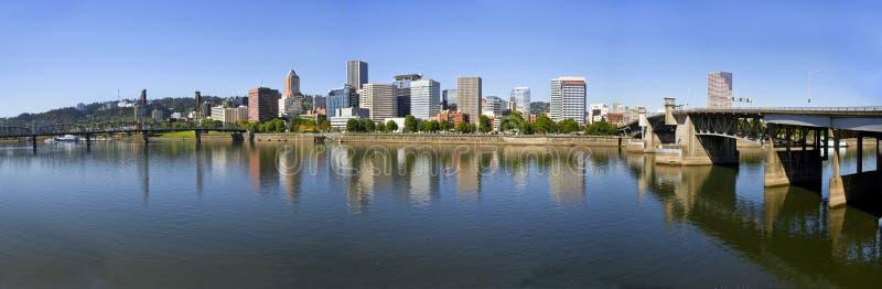 Panorama da baixa 3 da skyline de Portland Oregon imagens de stock