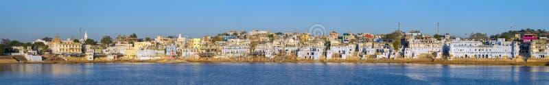 Panorama da cidade de Pushkar, Índia fotografia de stock