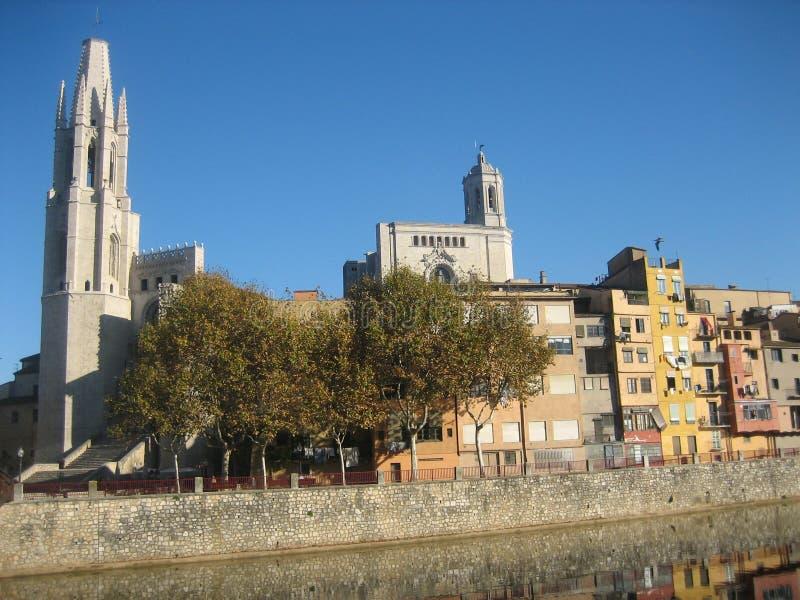 Panorama da cidade espanhola velha de Gerona. fotos de stock royalty free