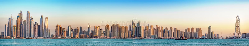 Panorama da estância de verão de Jumeirah, Dubai, janeiro 2018 imagem de stock