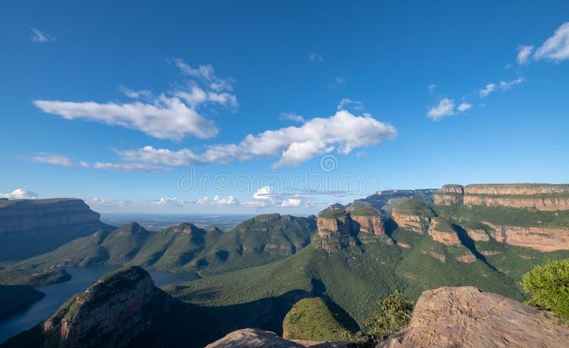 Panorama da garganta do rio de Blyde na rota do panorama, Mpumalanga, África do Sul imagens de stock