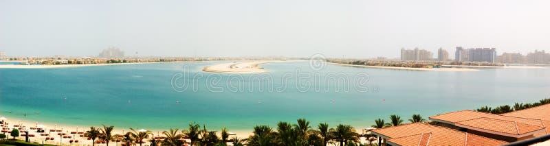 Panorama da ilha sintética de Jumeirah da palma imagens de stock royalty free