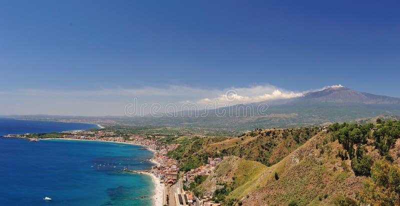 Panorama da montagem Etna em Sicília fotos de stock royalty free