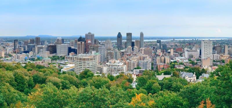 Panorama da opinião do dia de Montreal imagem de stock