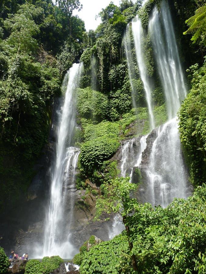 Panorama da paisagem da opinião da cachoeira de Bali, cachoeira de Sekumpul Ilha de Bali fotografia de stock