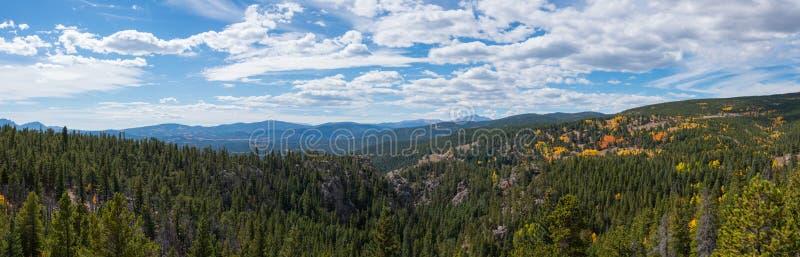 Panorama da paisagem de Colorado no outono imagens de stock