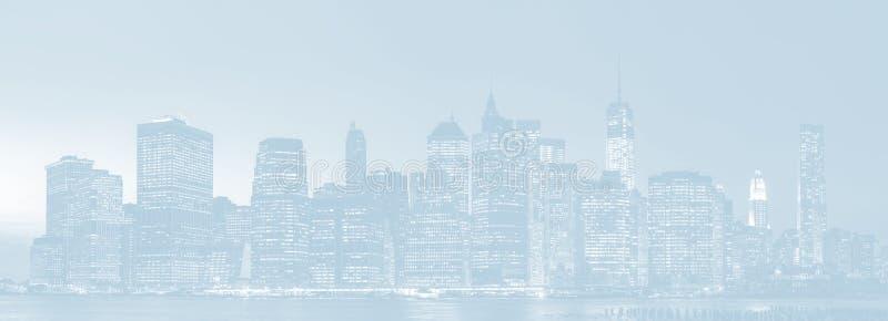 Panorama da skyline de New York City da noite ilustração royalty free