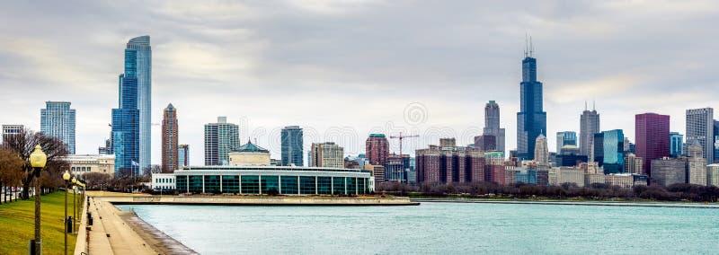 Panorama da skyline do terreno do museu - ângulo largo fotografia de stock royalty free