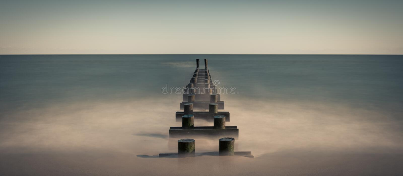 Panorama da tubulação do oceano imagem de stock royalty free
