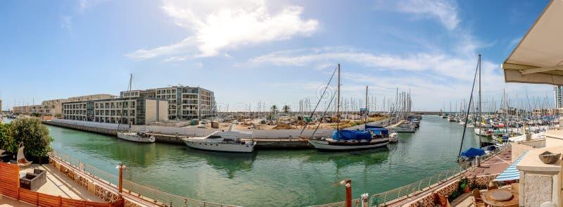 Panorama da vila do porto, herzliya Israel foto de stock royalty free