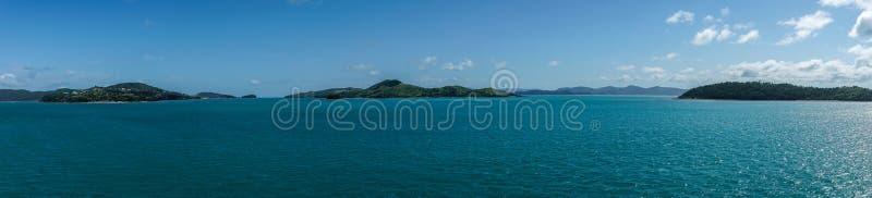 Panorama dat van de groep van het Pinkstereneiland, Australië wordt geschoten royalty-vrije stock foto's