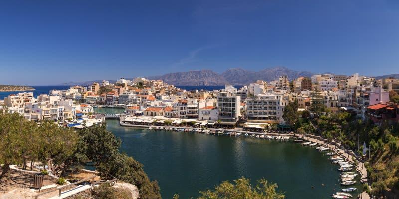 Panorama de Agios Nikolaos imagenes de archivo