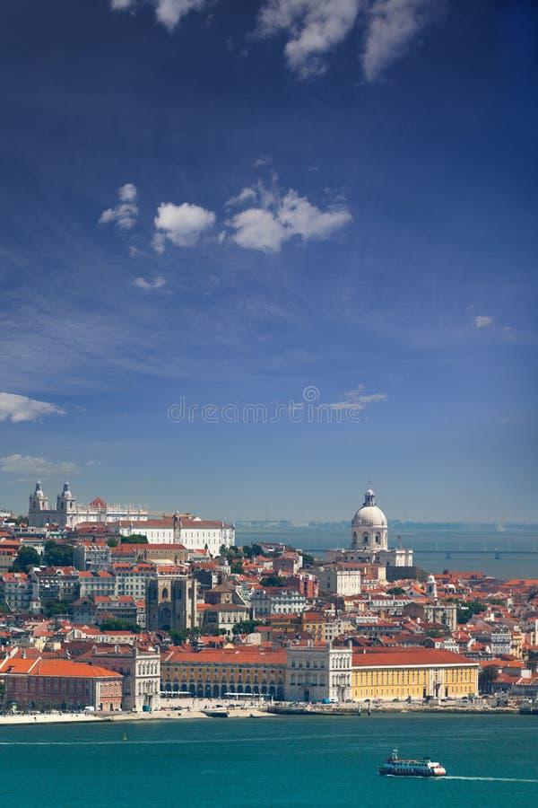 Panorama de Alfama y de Graca, paisaje urbano de Lisboa, Portugal, EUR fotografía de archivo libre de regalías