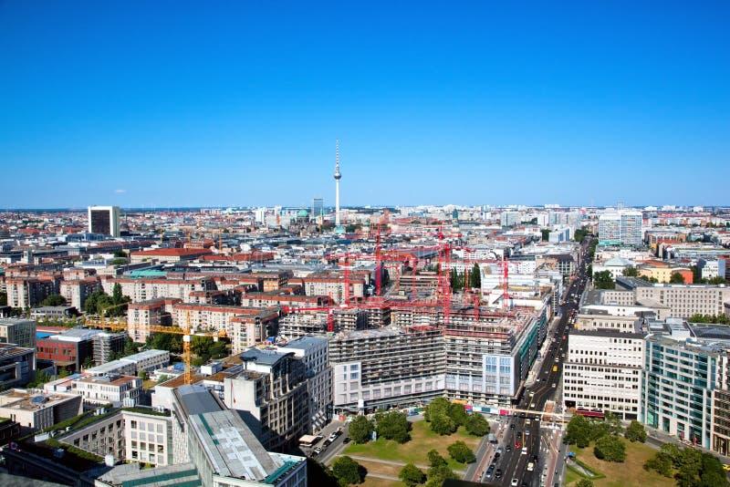 Panorama de Berlin. Berlin Cathedral et tour de TV photo libre de droits