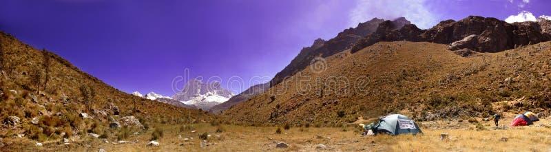 Panorama de Blanca de Cordillère photos libres de droits