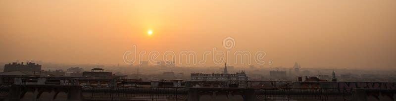 Panorama de Bruselas en puesta del sol fotografía de archivo libre de regalías