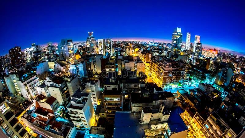 Panorama de Buenos Aires no crepúsculo foto de stock royalty free