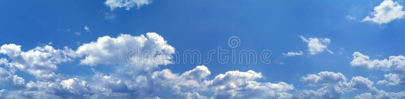 Panorama de ciel bleu photos libres de droits
