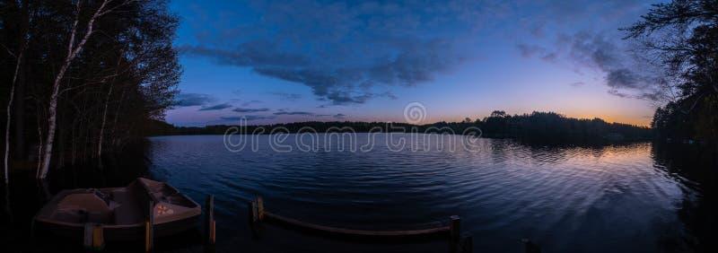 Panorama de coucher du soleil au-dessus de lac boom, le Wisconsin photos stock