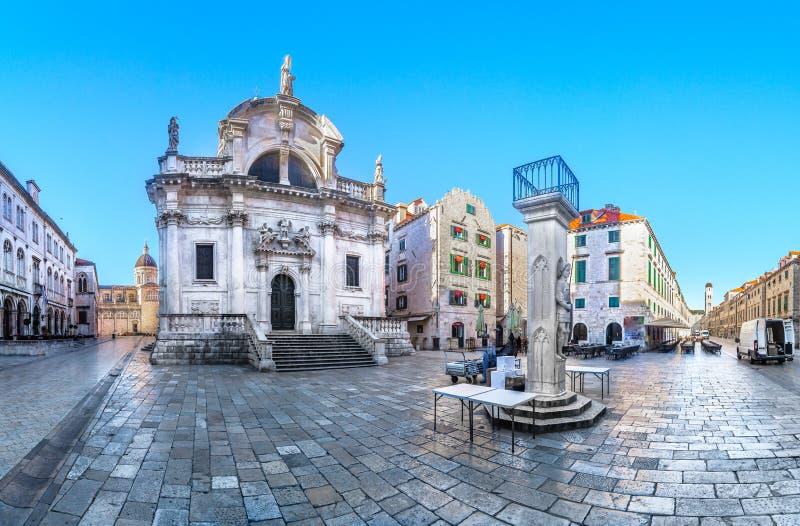 Panorama de Dubrovnik dentro das paredes da cidade, Croácia imagem de stock royalty free