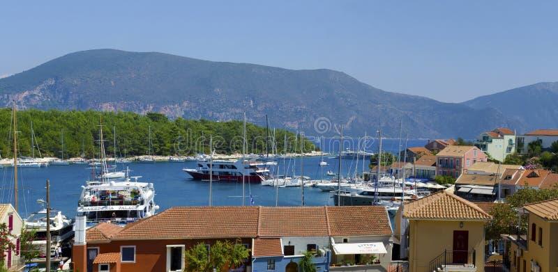 Panorama de Fiskardo, isla de Kefalonia, Grecia imagenes de archivo