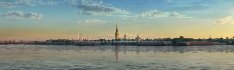 Panorama de forteresse de Peter et de Paul à St Petersburg images libres de droits
