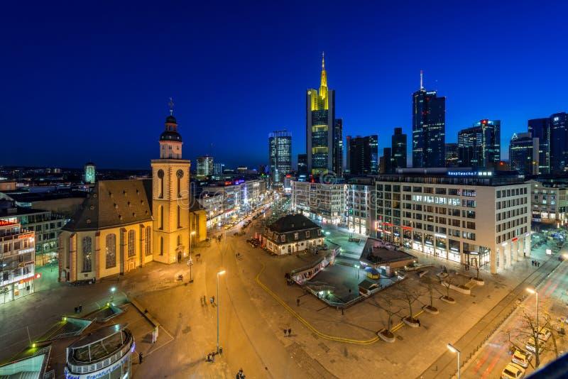 Panorama de Francoforte - am - cano principal fotos de stock royalty free