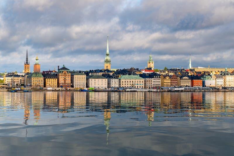 Panorama de Gamla Stan en Estocolmo, Suecia fotos de archivo