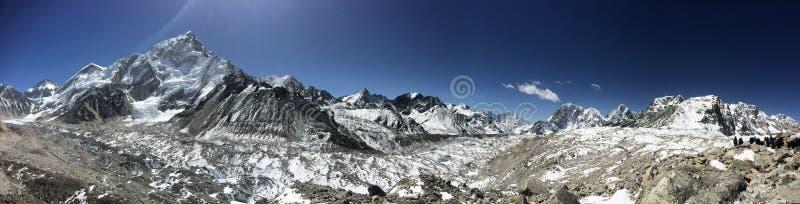 Panorama de l'Himalaya photographie stock
