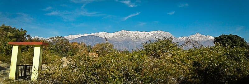 Panorama de l'Himalaya, Dharamshala, Inde photo stock