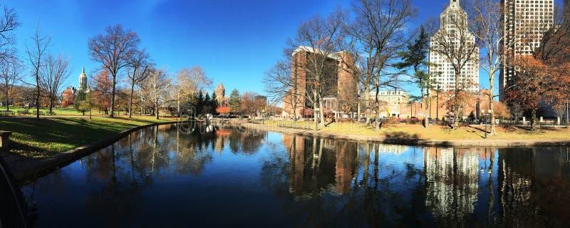 Panorama de l'horizon à Hartford, le Connecticut images stock