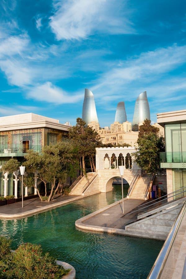 Panorama de la ciudad de Baku, Azerbaijan fotos de archivo