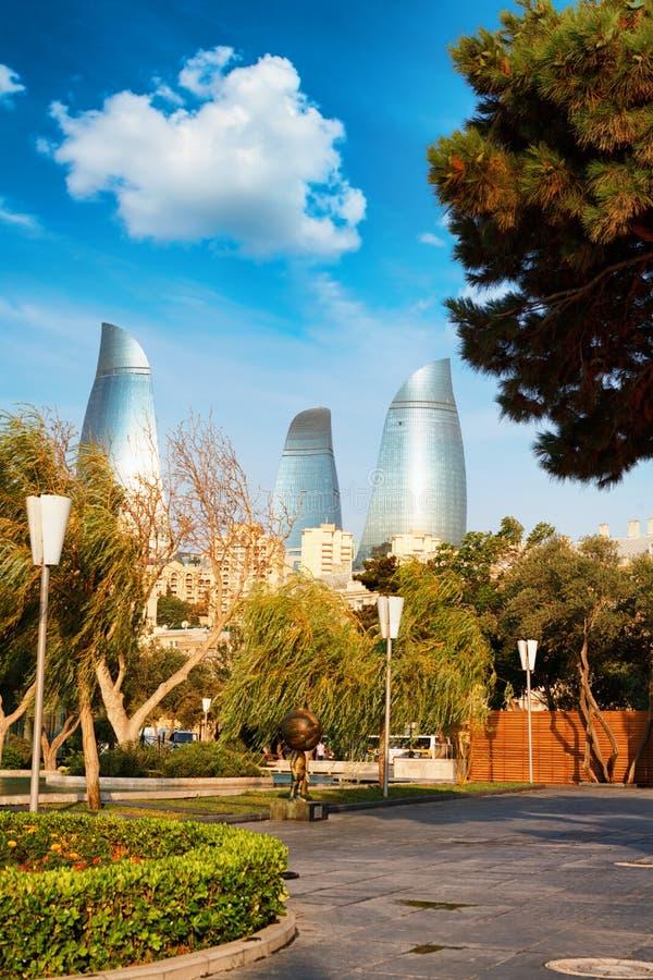 Panorama de la ciudad de Baku, Azerbaijan imagen de archivo