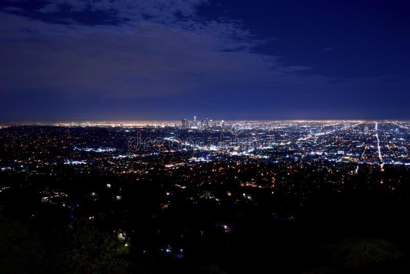 Panorama de la ciudad de la noche fotografía de archivo