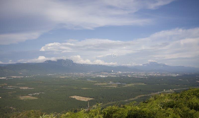 Panorama de la ciudad de Taiping del pico más alto de Semanggol del soporte foto de archivo libre de regalías