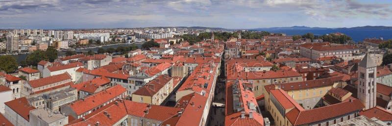 Panorama de la ciudad de Zadar imagen de archivo