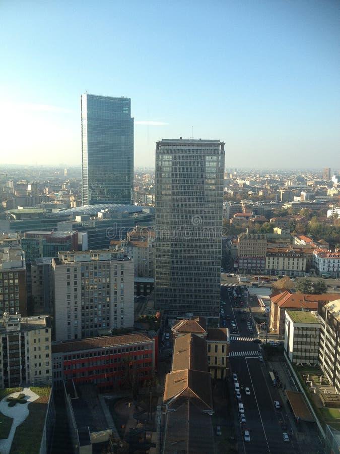 Panorama de la ciudad de Milán imágenes de archivo libres de regalías