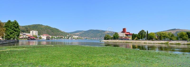Panorama de la ciudad de Orsova imagenes de archivo