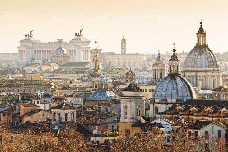 Panorama de la ciudad vieja de Roma foto de archivo