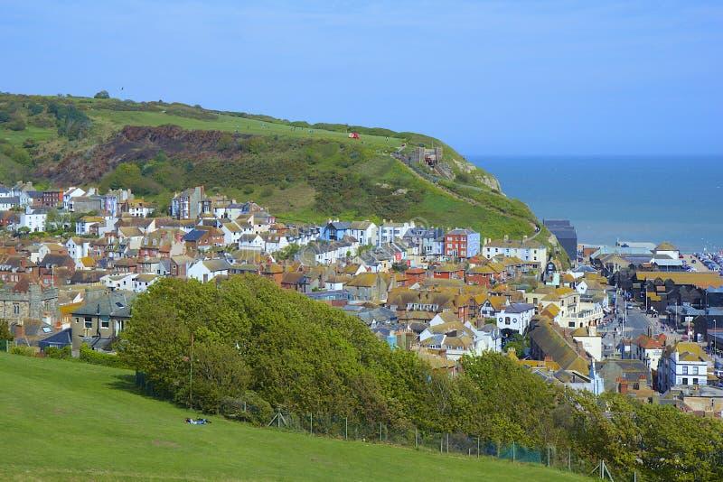 Panorama de la ciudad vieja en Hastings imagen de archivo libre de regalías