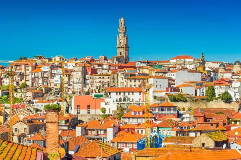 Panorama de la ciudad vieja de Oporto, Portugal imagenes de archivo