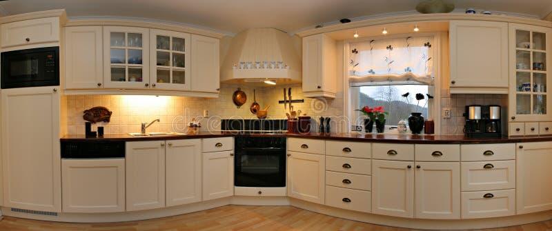 Panorama de la cocina imagen de archivo libre de regalías