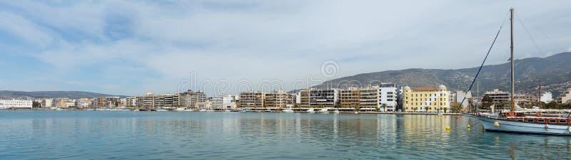 Panorama de la costa de Volos, Thessaly, Grecia imagen de archivo