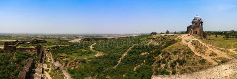 Panorama de la fortaleza de Rohtas en Punjab Paquistán foto de archivo libre de regalías