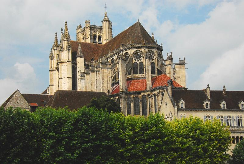 Panorama de la France Bourgogne Auxerre de cathédrale images stock